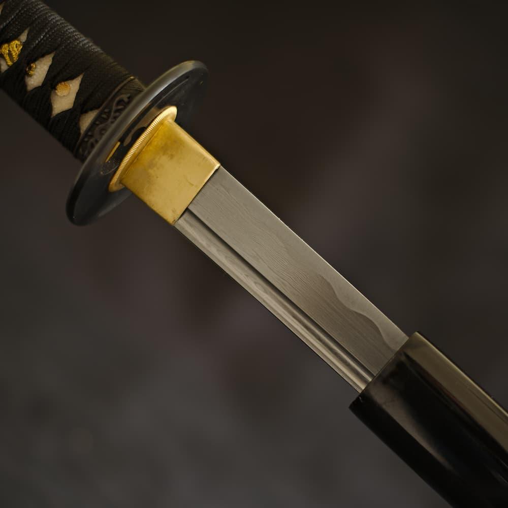 Katana aiguisé Kokuyō (黒夜, nuit noire), lame damas, monture noir