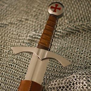 Épée templière de combat